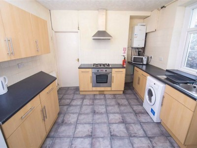 Tower Street, Pontypridd - Kitchen